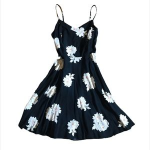 Old Navy A-Line Dress Swing Floral Black White S